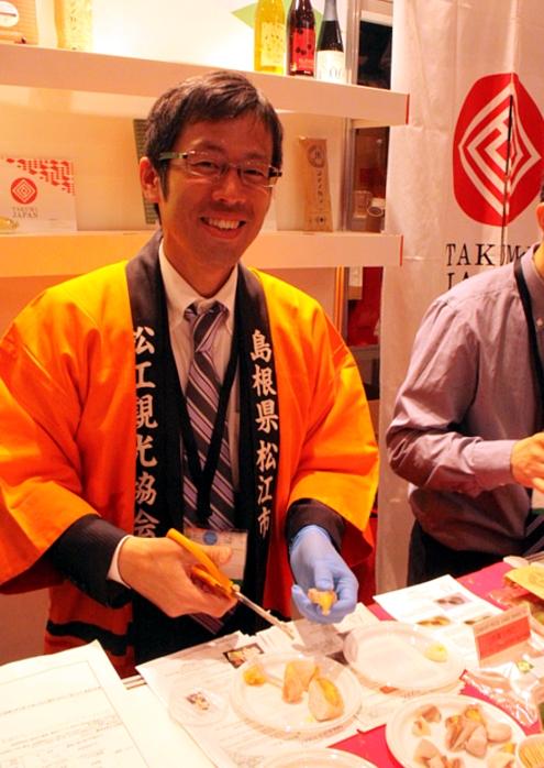 NY国際レストラン&フードサービスショーにTakumi Japan登場!!!_b0007805_2359296.jpg