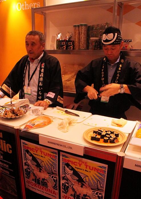 NY国際レストラン&フードサービスショーにTakumi Japan登場!!!_b0007805_23593869.jpg