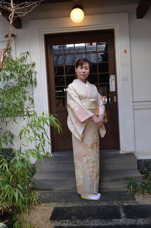 藤井寛の訪問着に、北出与三郎の帯を締めて_d0230676_11485664.jpg