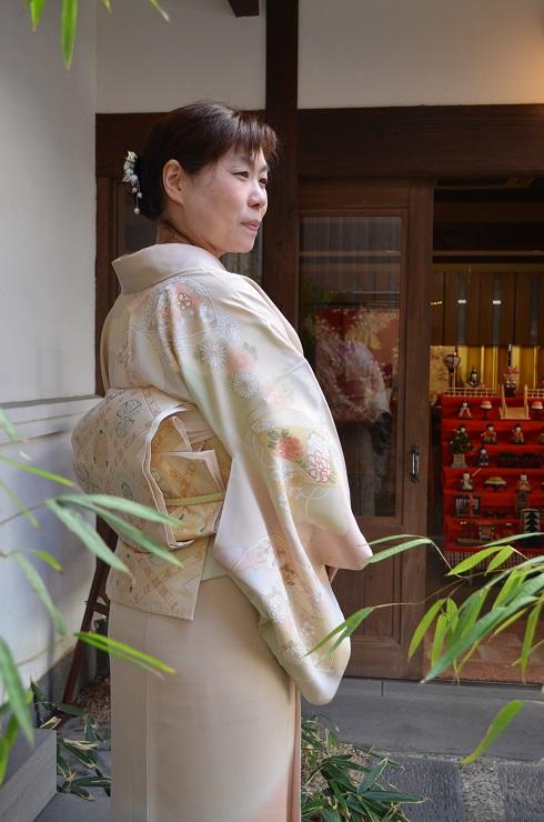 藤井寛の訪問着に、北出与三郎の帯を締めて_d0230676_11491335.jpg