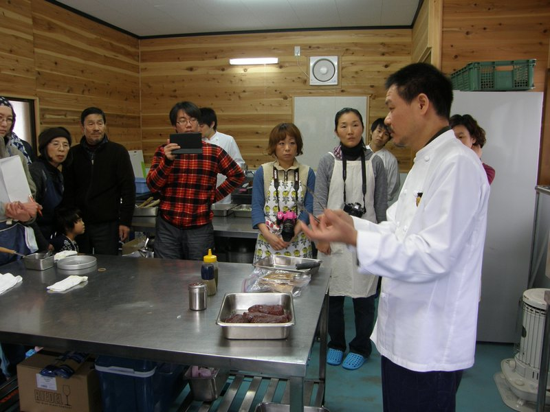 鹿肉料理教室_c0057390_0441840.jpg