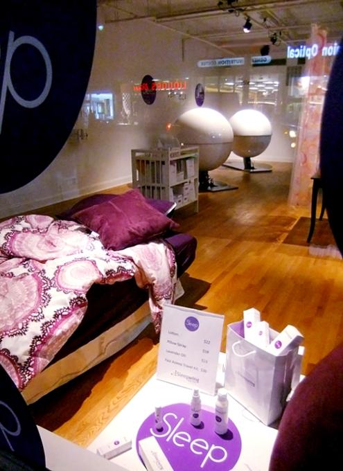 NYの街角に睡眠マシーンのポップアップ展示?!_b0007805_22595028.jpg