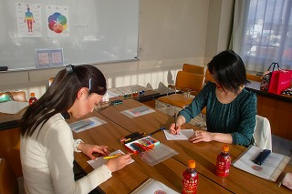 3月『マンダラぬりえでカラーセラピーイントラ講座』ご案内_c0200917_12544290.jpg