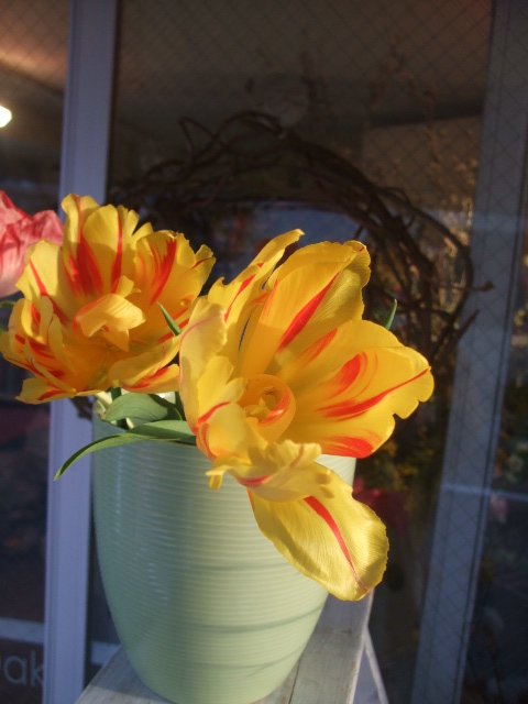 オークリーフ花の教室(赤地さんと宮原さんの作品)_f0049672_17435868.jpg