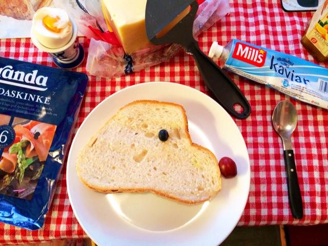 週末の可愛い朝食_a0229904_1925958.jpg