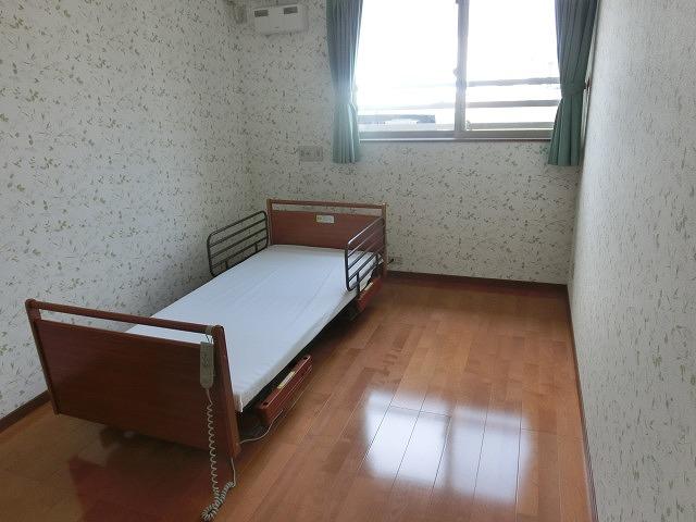 NPO法人ファインケアさんの小規模多機能型居宅介護施設「老美成(おみな)」_f0141310_8101228.jpg