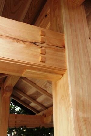 氏神様の手水舎、屋根完成。_f0170331_17172783.jpg