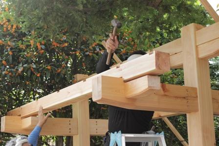 氏神様の手水舎、屋根完成。_f0170331_1719548.jpg
