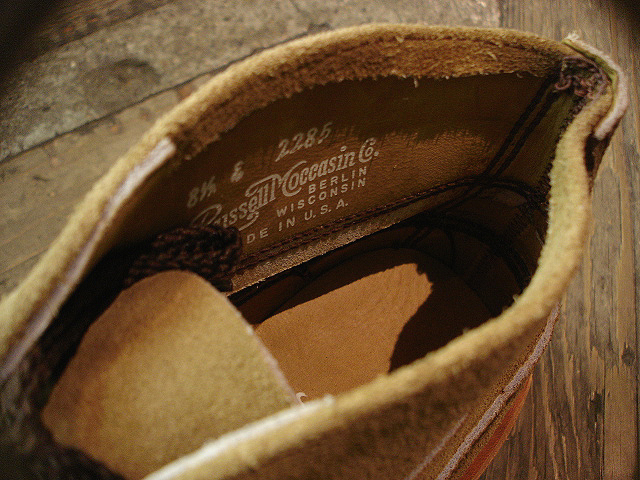 "NEW : RUSSELL MOCCASIN CO.[Sporting Clays Chukka] ""Laramie Suede\"" & \""Driftwood\"" !!_a0132147_23194418.jpg"