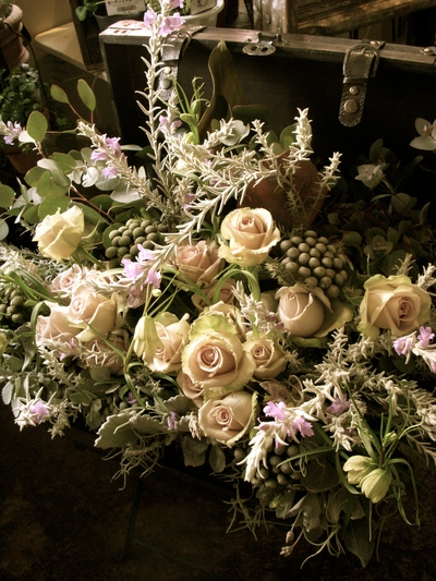 グレーのお花で。。。_a0229658_224249100.jpg
