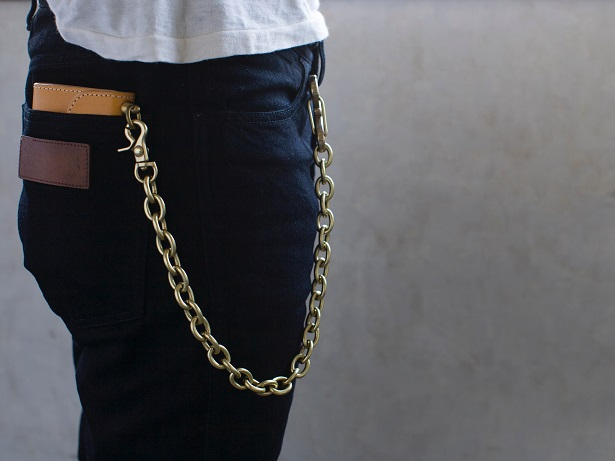 F HOLE WALLET CHAIN_d0160378_2214133.jpg