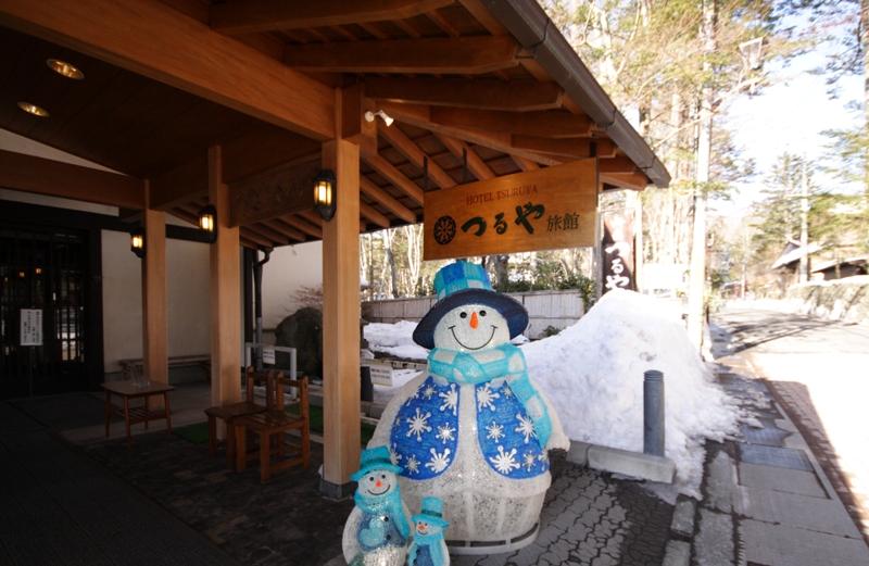 春ですけど、雪だるま_f0091207_2348552.jpg