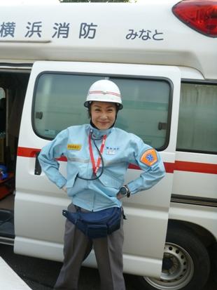 救急車が_e0077899_21524142.jpg