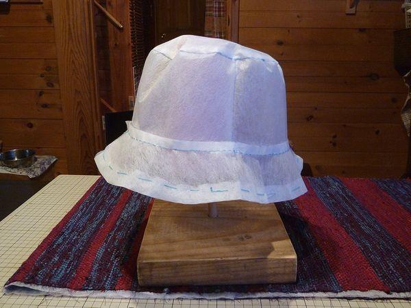 圧縮される倒壊ハウス&圧縮されたい帽子のサイズ_c0127703_1105650.jpg