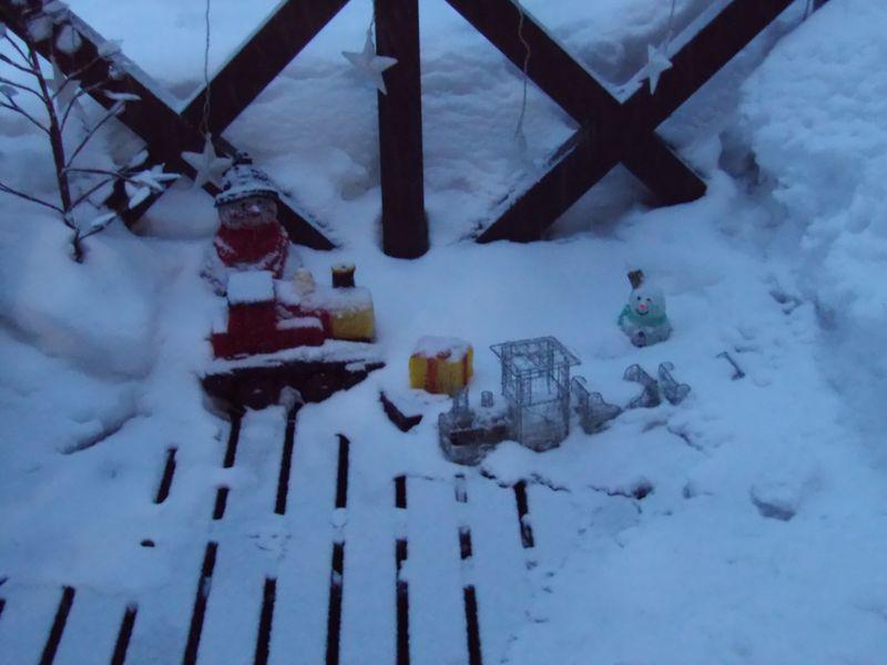 ようやく真冬日を脱したものの再び積雪・気温降下_c0025115_21265978.jpg