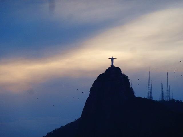 中南米最大のスラム街、ファヴェーラツアー★リオでの日々2(リオデジャネイロ,ブラジル)_e0182138_7593049.jpg