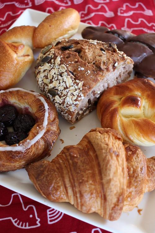 朝ごはんはアンデルセンのパン_a0180279_17595212.jpg