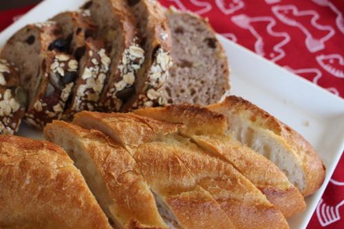 朝ごはんはアンデルセンのパン_a0180279_1841417.jpg