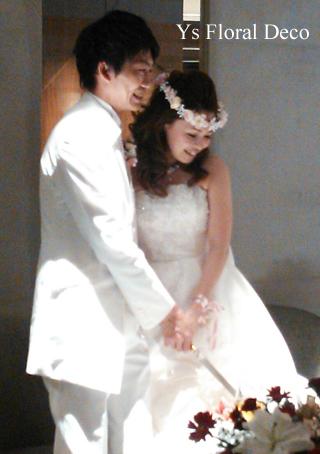 あわい色の花冠&リストレット 大阪へ_b0113510_1543719.jpg