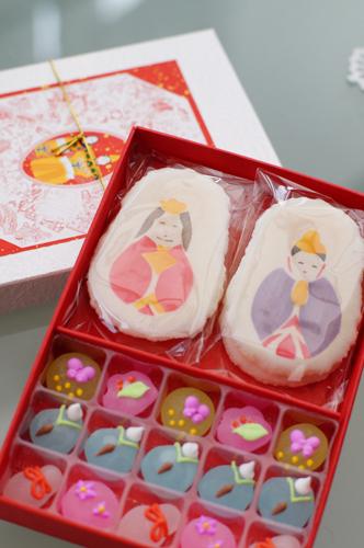 お雛様のお菓子_c0165636_21331062.jpg