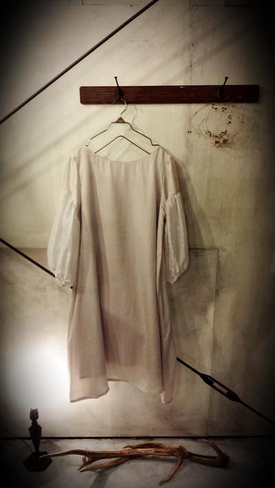 『teteのよそいき服とコサージュ展』いよいよ今週末です!_d0263136_19555936.jpg