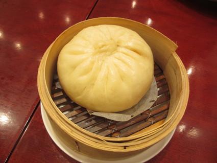 「鉄鍋麻婆豆腐」「大きな肉まん」@Lee Tan Tan Cafe_c0212604_22185412.jpg