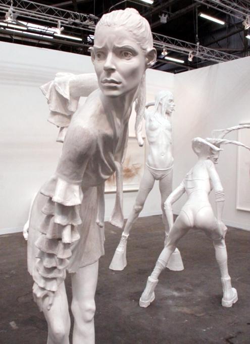 NY最大の美術展覧会「アーモリー・ショー 2014」造形編_b0007805_1053263.jpg