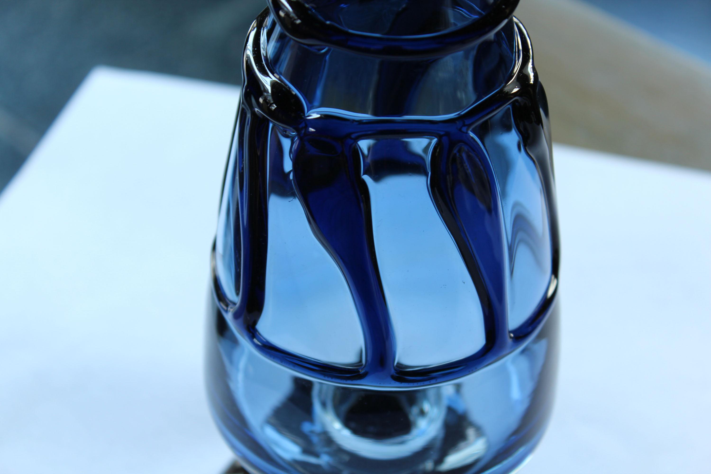 三宅義一  格子文花瓶 藍_c0237627_19495684.jpg