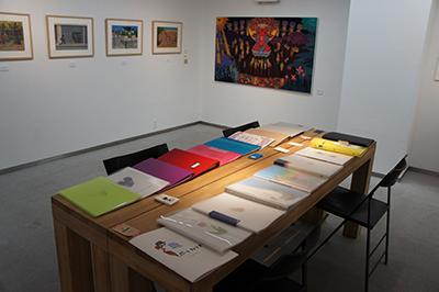文星芸術大学デザイン専攻卒業選抜展が開催中です。_f0171840_10174455.jpg