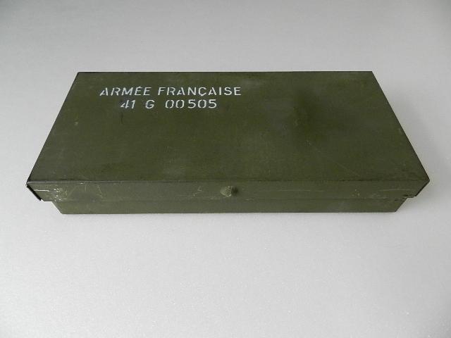 French army metal box 2type_f0226051_11294367.jpg