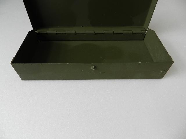 French army metal box 2type_f0226051_11313568.jpg
