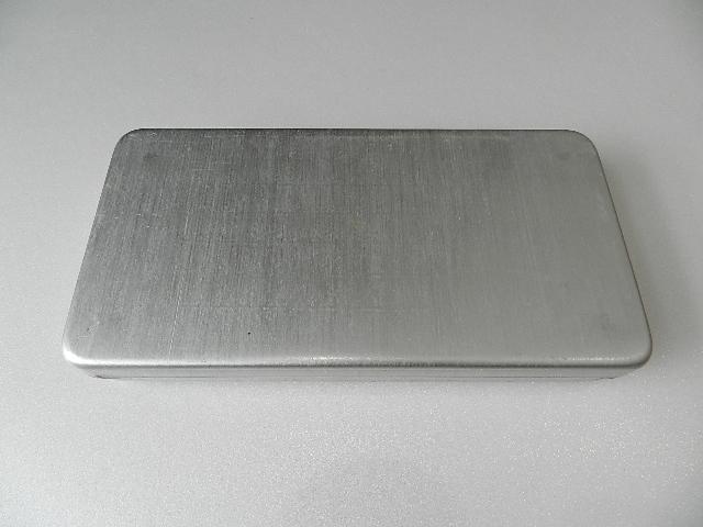 French army metal box 2type_f0226051_1141582.jpg
