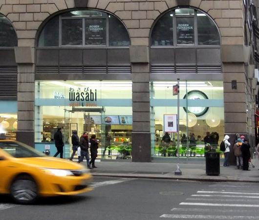 ついにニューヨークにロンドンの寿司チェーン店、ワサビ(Wasabi)がオープン_b0007805_932093.jpg