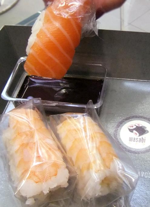 ついにニューヨークにロンドンの寿司チェーン店、ワサビ(Wasabi)がオープン_b0007805_9333035.jpg