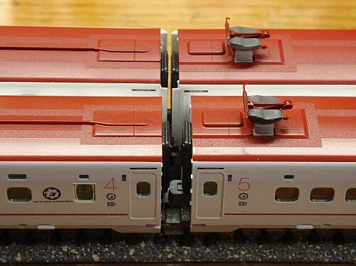 トミックス新800系TSカプラー化+500系通電カプラー化_f0037227_18433100.jpg