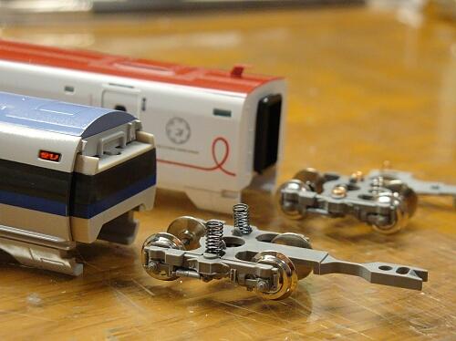 トミックス新800系TSカプラー化+500系通電カプラー化_f0037227_18524933.jpg