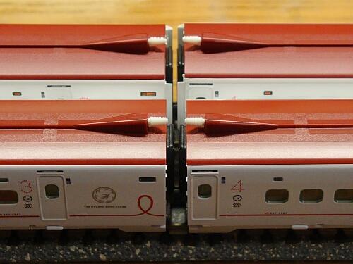 トミックス新800系TSカプラー化+500系通電カプラー化_f0037227_191227.jpg