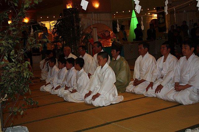 3/7 大塚神社 たまゆら温泉 『かぐらまつり』 写真_c0045448_16205456.jpg