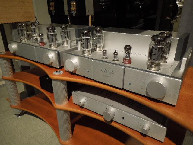 OCTAVEの真空管アンプ 「HP-300SE & MRE220」期間試聴できます!【3/18(火)まで】_c0113001_19293762.jpg