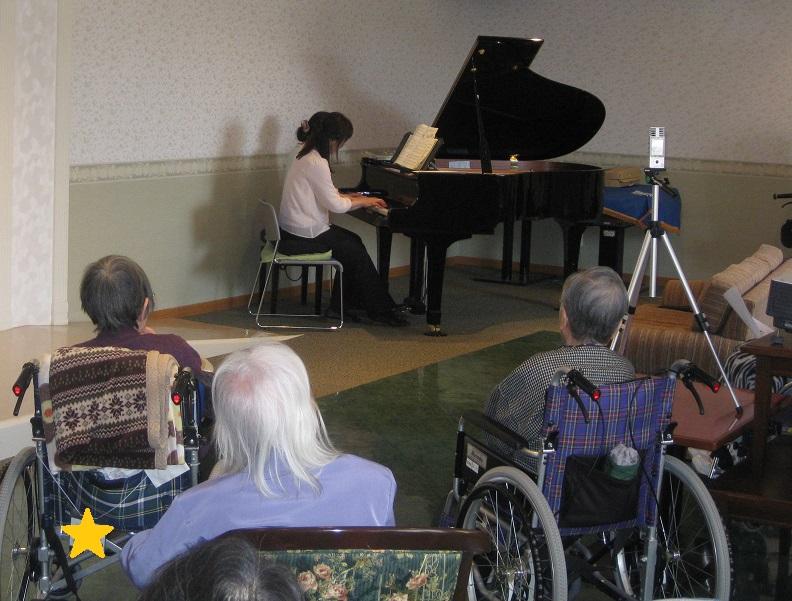 ピアノ演奏会_e0163042_14243711.jpg