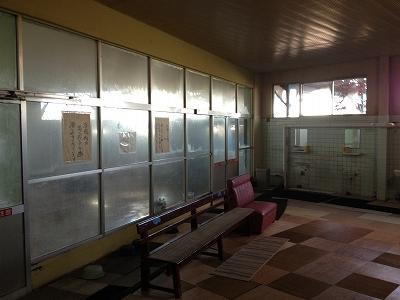 木曽岬町の温泉「ゴールデンランド木曽岬温泉」_e0173645_10323629.jpg