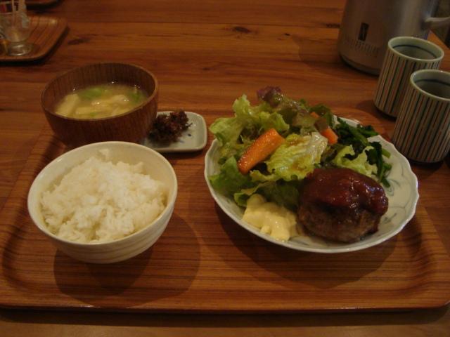 西荻窪「アパートメント食堂 なか川」へ行く。_f0232060_14154840.jpg