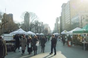 NYユニオン・スクエアの青空市場に春の気配_b0007805_1832639.jpg