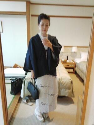 旅館の浴衣で_c0309606_1892016.jpg