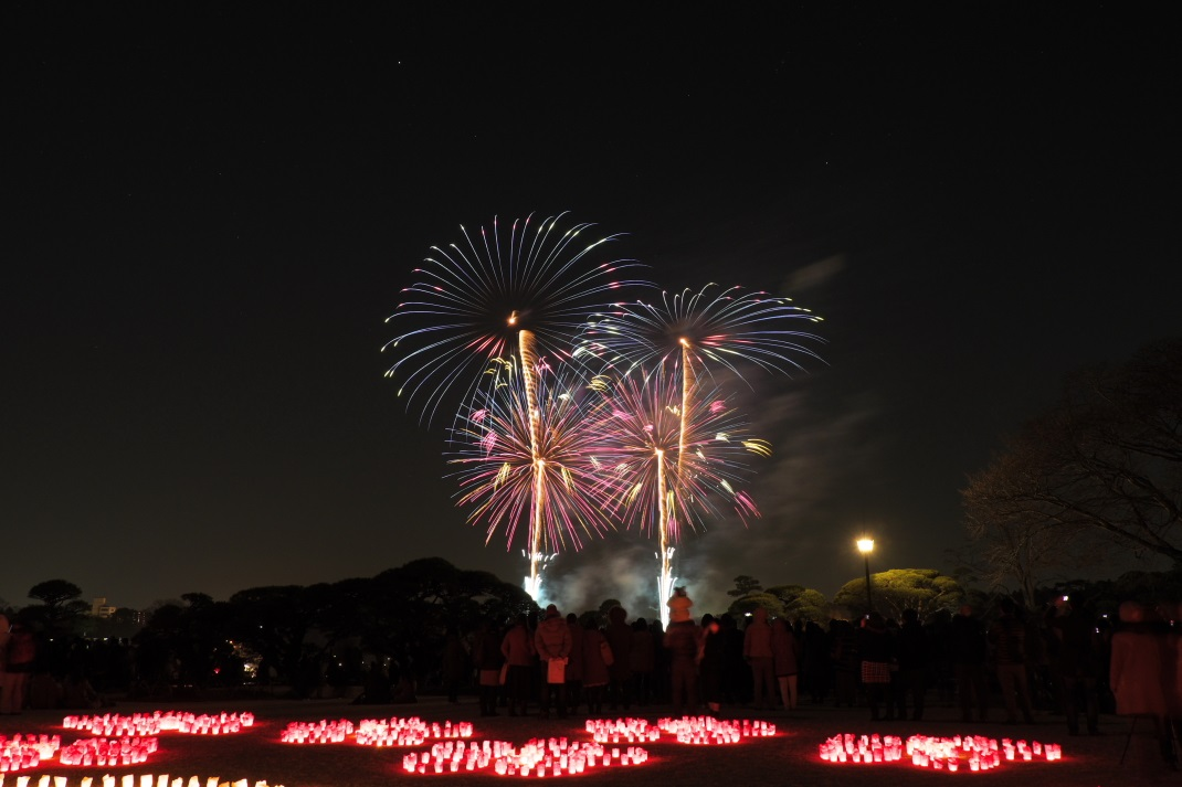 第9回 夜梅祭 野外コンサート <5> フィナーレ花火!!  2014・03・15_e0143883_202842100.jpg
