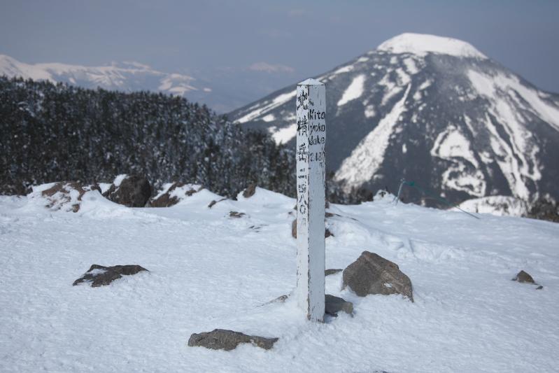 雪山散歩_c0167028_22135241.jpg