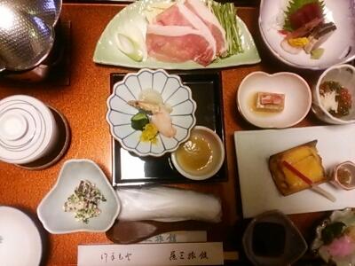 藤三旅館_e0102439_1014736.jpg