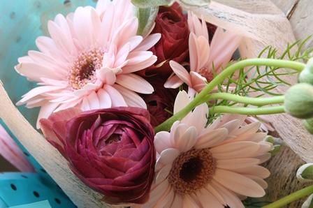 ご希望に添った花束.アレンジお作りします...!_d0227610_00214283.jpg