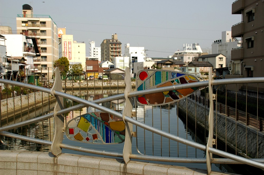 橋のある風景_b0093754_1429474.jpg