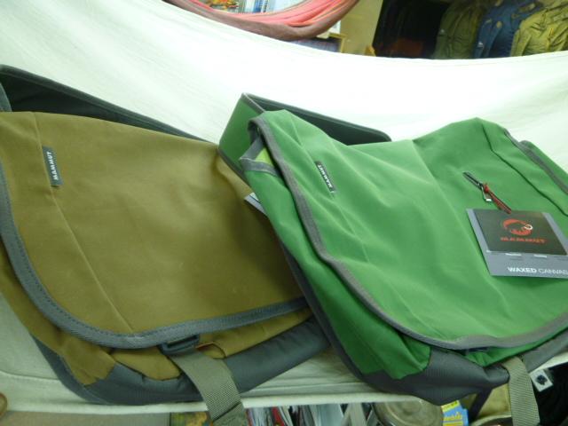 マムートから、新作バッグ!_d0198793_1843103.jpg
